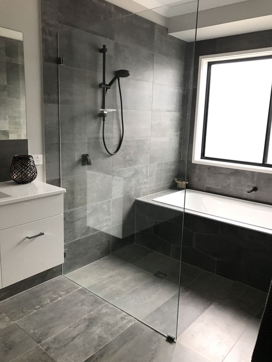 Bathroom remodeling trends:  Open Shower, Curbless Shower